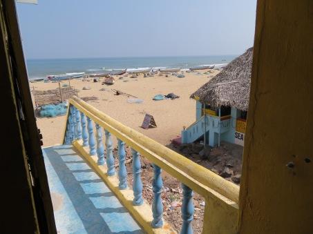 Accès direct à la plage depuis la guesthouse